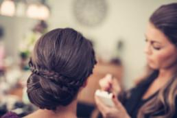 101-Brautstyling-Frankfurt-Brautmakeup-Brautfrisur-Makeupartist-Braut-Hochzeit-Visagistin-Mobiler-Brautservice